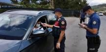 Bodrum'a gece 00.00'dan itibarıyla 14 saatte yaklaşık 8 bin araç giriş yaptı!
