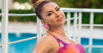 Şarkıcı Reyhan Cansu, Alişan ve ailesine iyi dileklerini iletti!