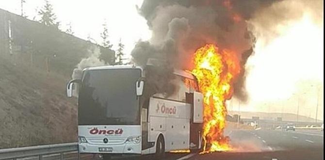Sabah saatlerinde TEM Otoyolu Gebze Gişeleri mevkiinde Otobüs yandı yolcular canını zor kurtardı!