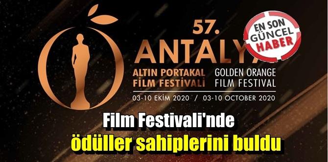 Bu yıl, Altın Portakal'da Hayaletler En İyi Film Ödülünü kaptı.