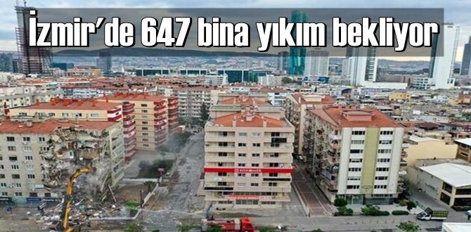 Depremin etkilediği İzmir'de ihya çalışmaları sürüyor.