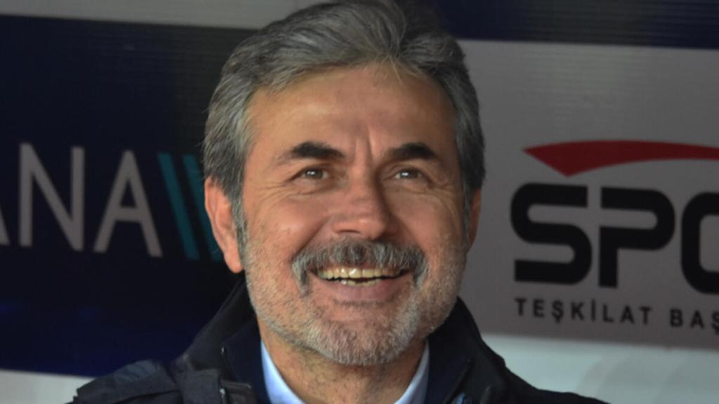 Aykut Kocaman Başakşehir'in kulüp binasına geldi, ile prensipte anlaştı!